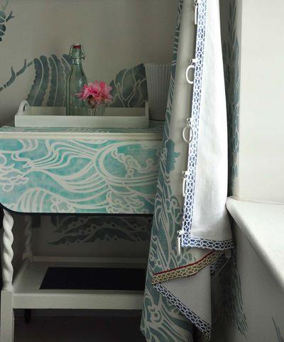 Wave stencil table 72