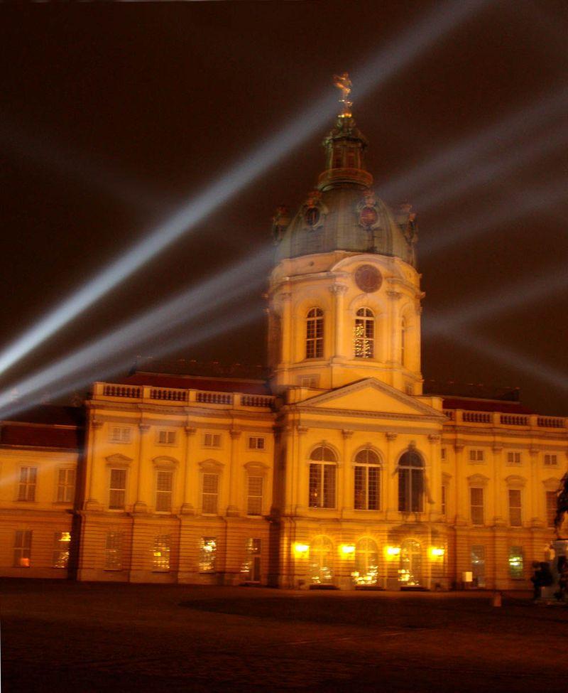 Charlottenburg laser 83