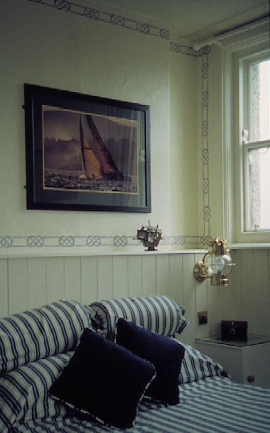 Nautical rope stecil room