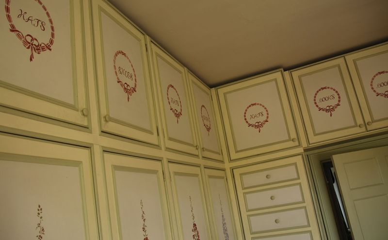 Cupboards stocksfield hall74 (1)