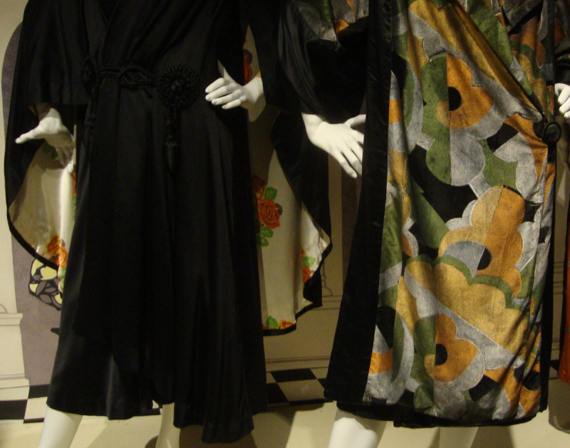 Art deco sleeves and colour78