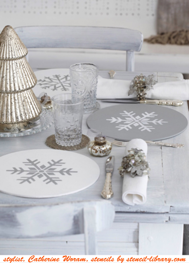 Stencilled xmas mats CW85