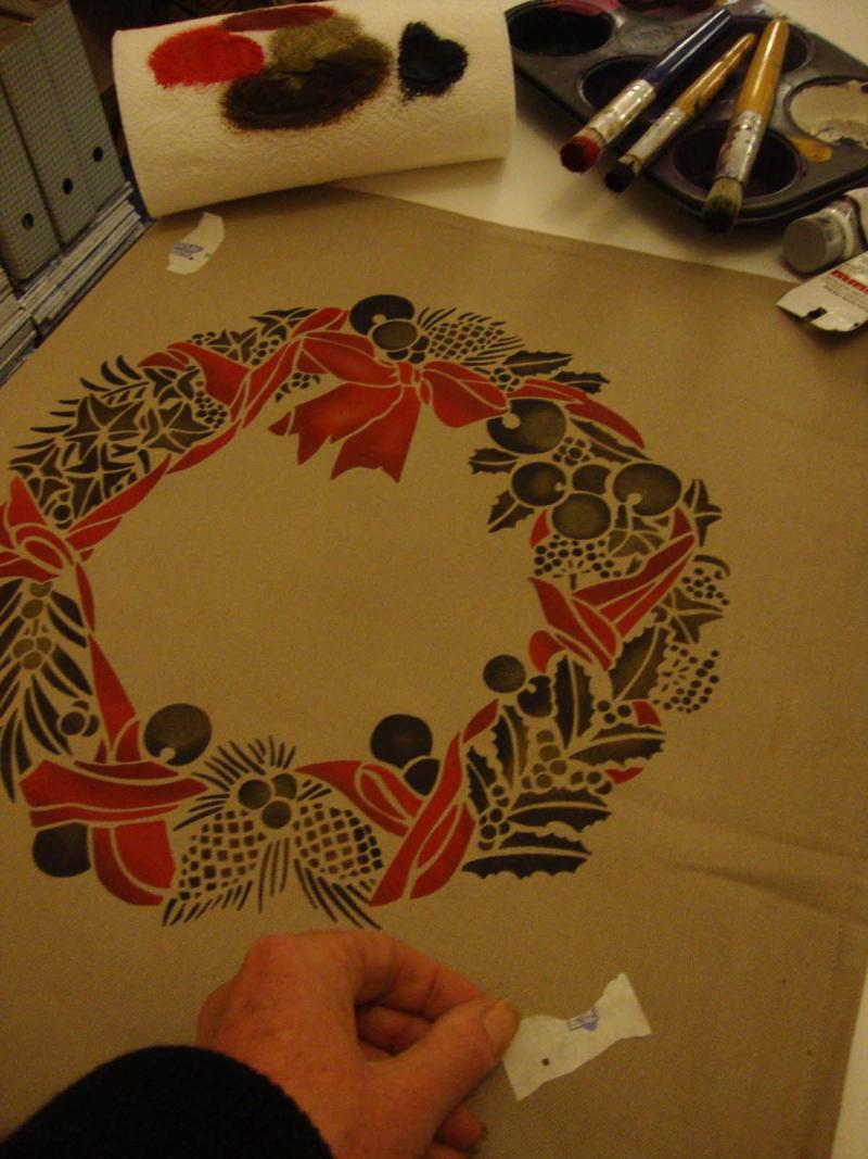 6 stencil a cushion remove tape24
