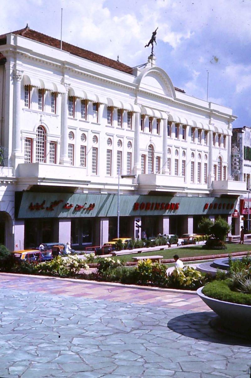 4 Robinsons store singapore