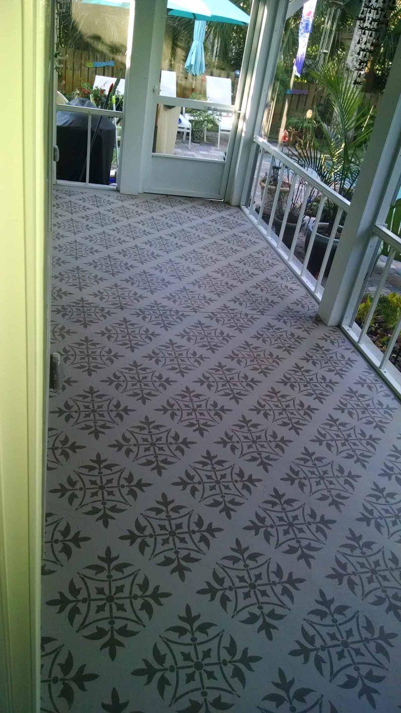 Stencilled_floor T4-L Florida lr