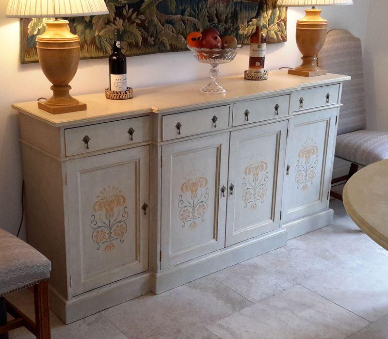 Lynn's stencilled cabinet755