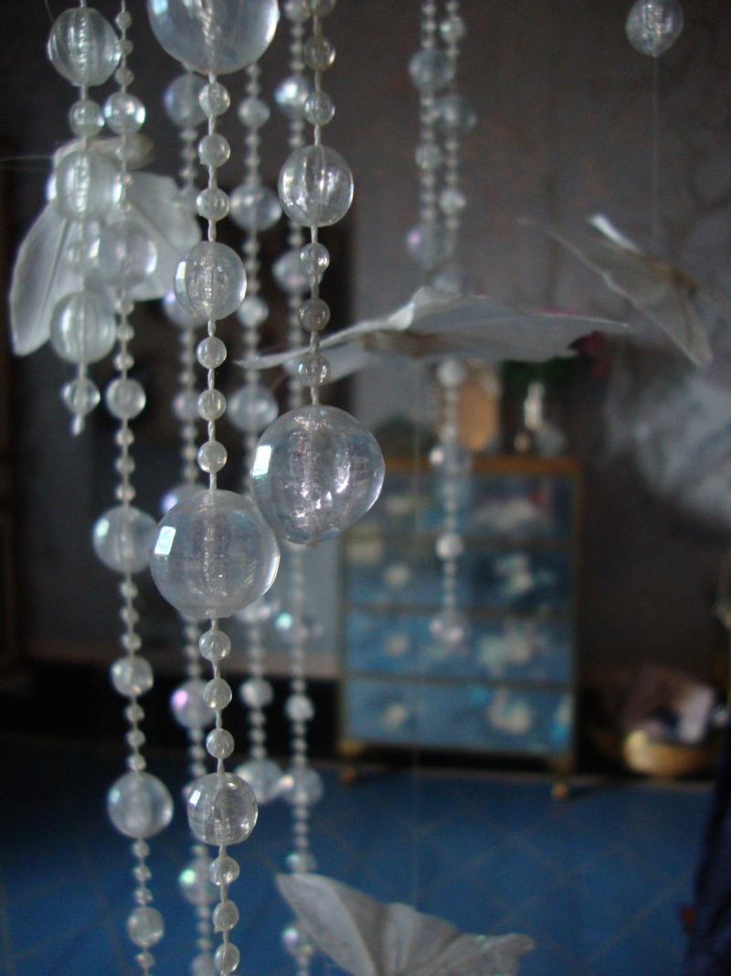 Bead curtain chandelier94