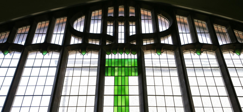 Mackintosh queens cross church window