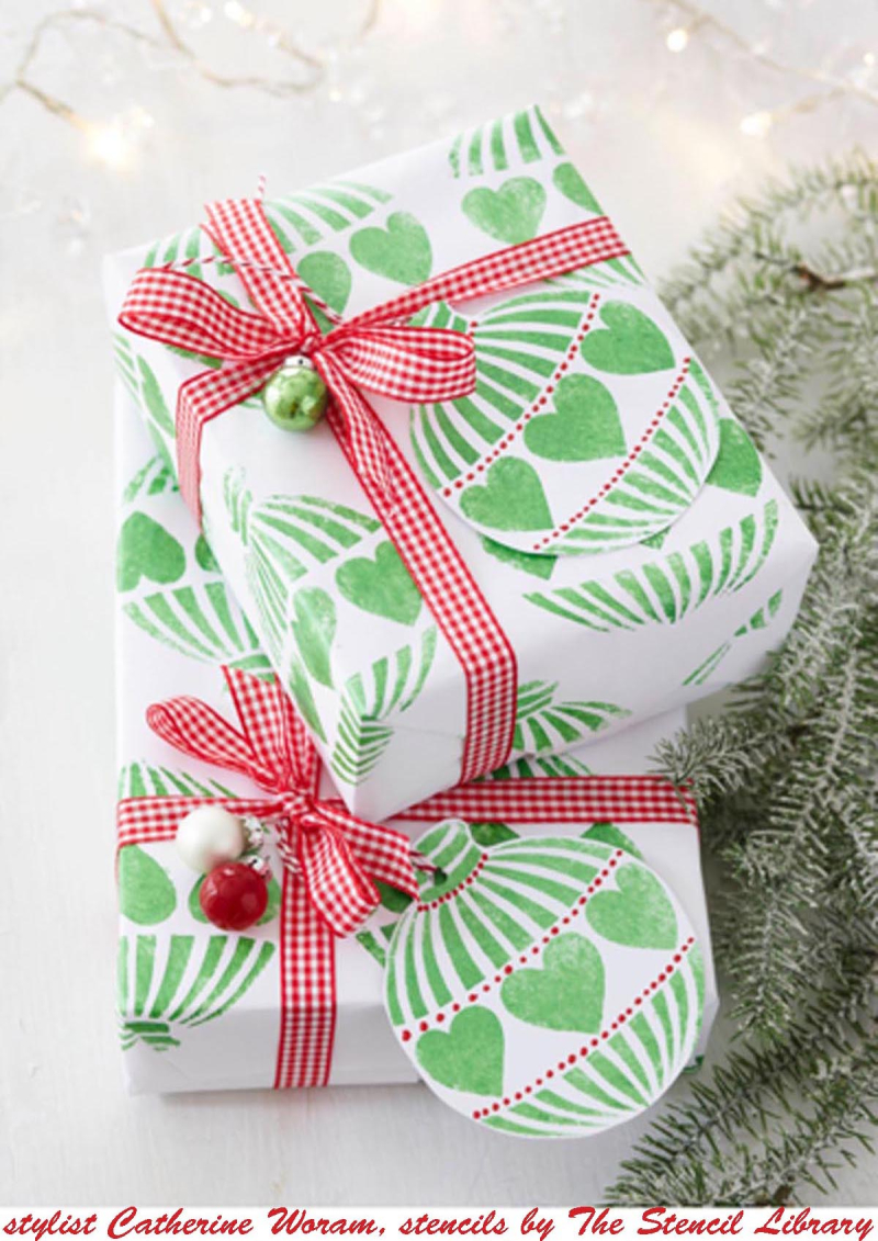 Bauble stencil-library  stencilled xmas wrap CathW