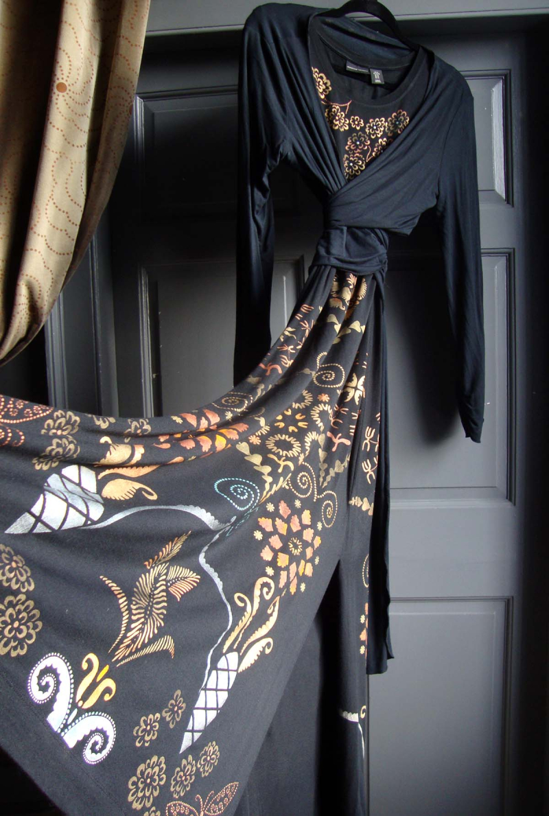 Helen's stencilled dress 86