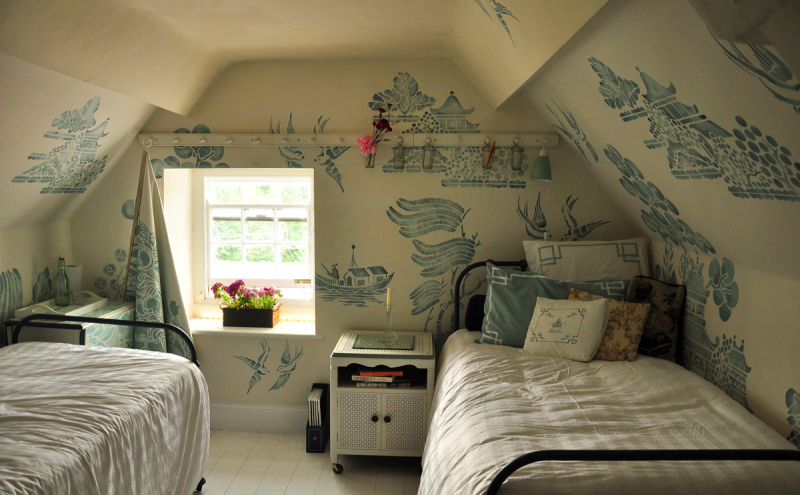 Stencil library willow pattern attic 206