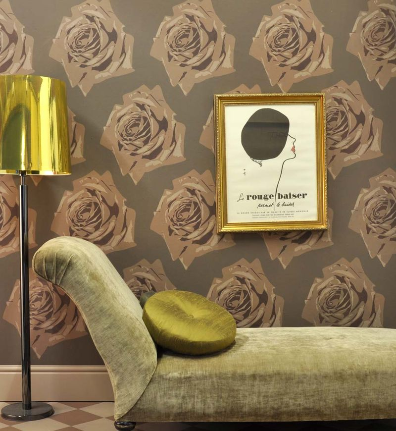 Rose stencil wall