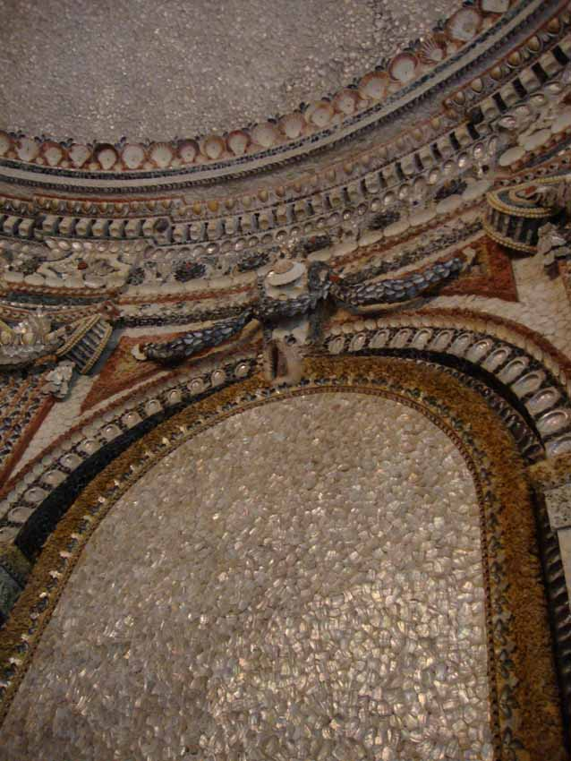 Glittering shell house rambouillet 89