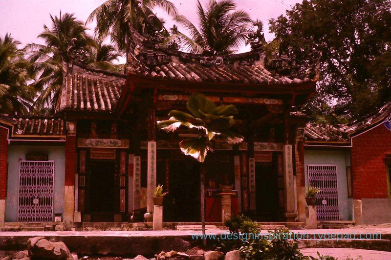 7 snake temple penang 1960s