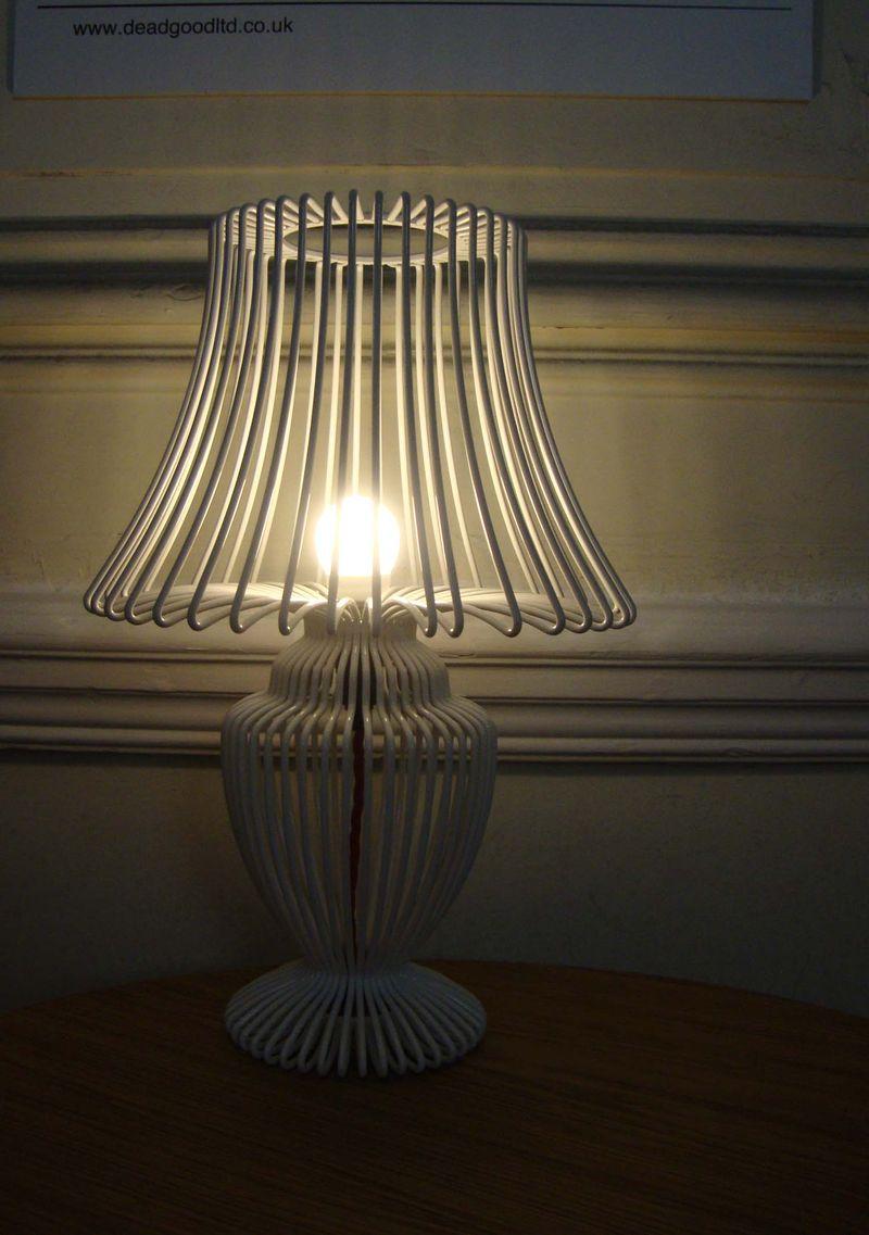 Deadgood lamp