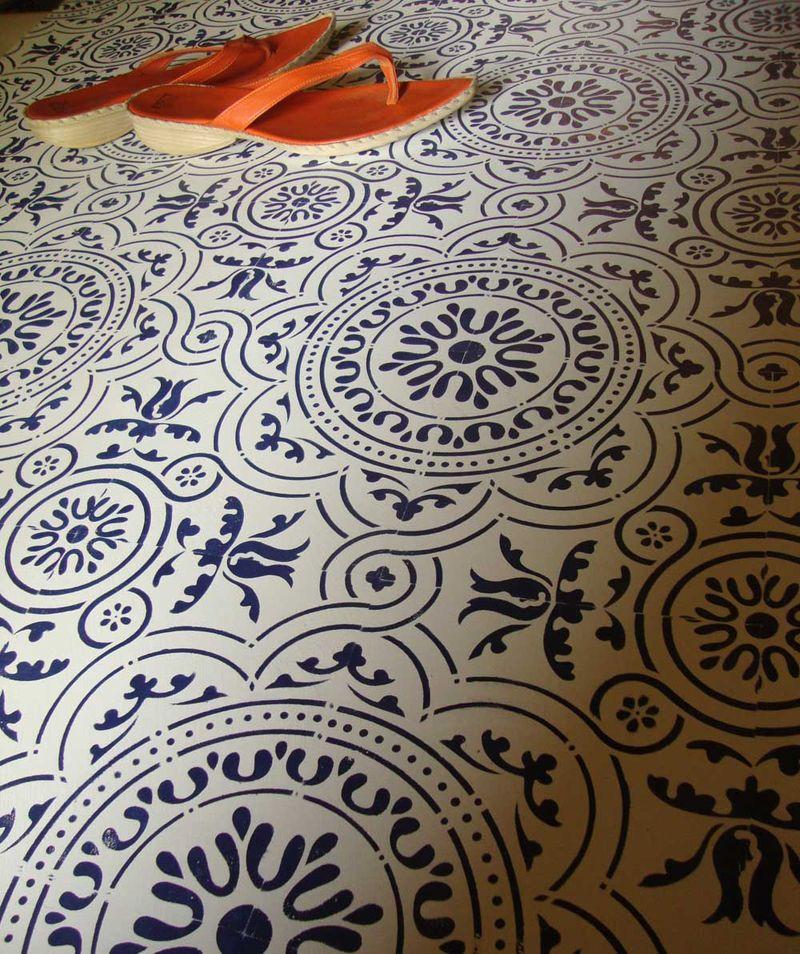 10 T2 tile stencil floor
