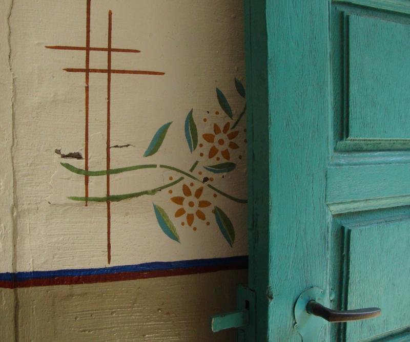 1 stencil_blue_door_roscheider85