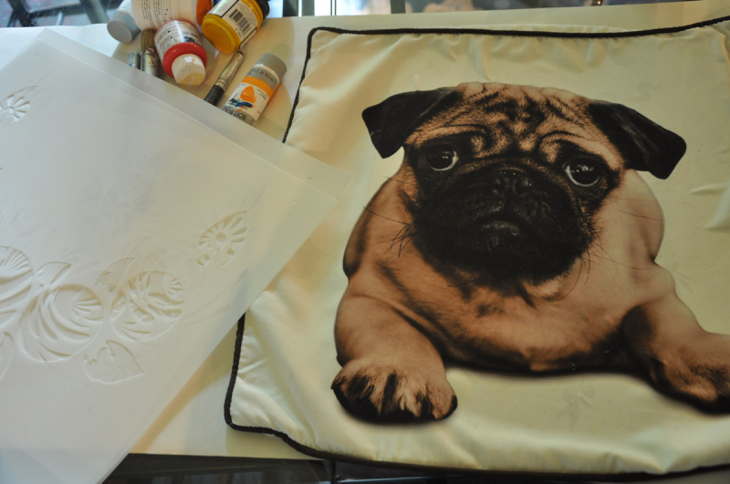 1pug cushion before stencilling