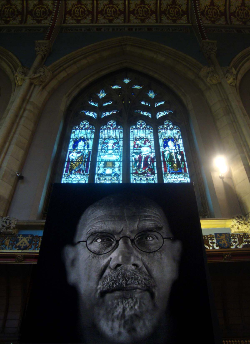 Chuck_close_tapestry.54