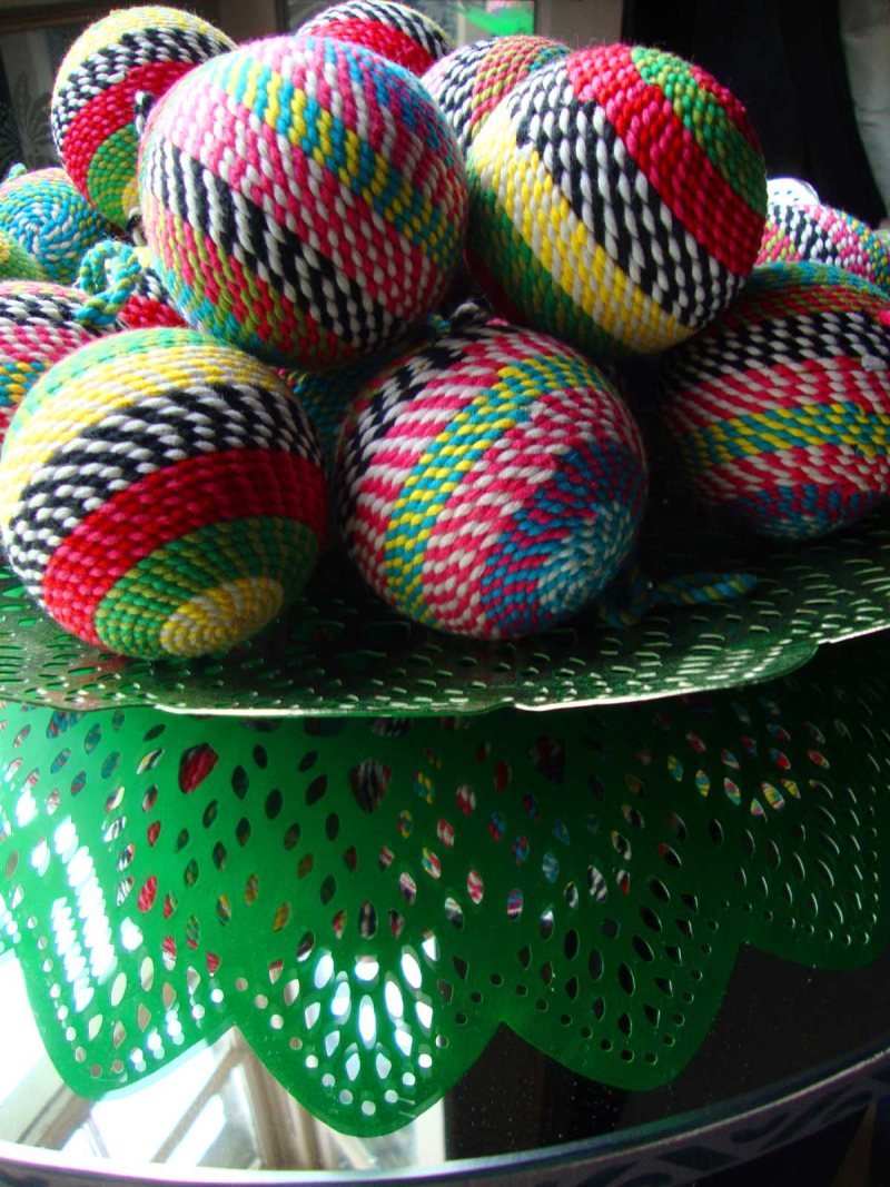 Coloured_string_ball_RE 39