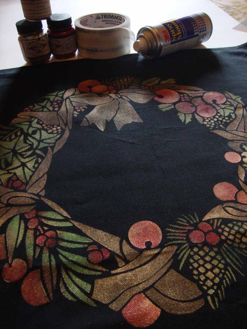 Stencil-library festive garland stencil