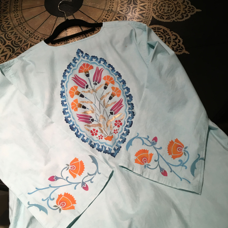 Back of stencilled caftan20