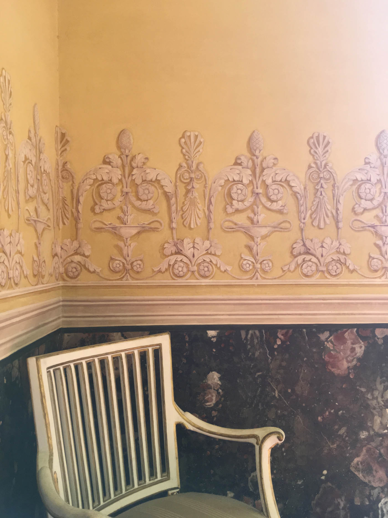 Painted and stencilled border  caserta palace