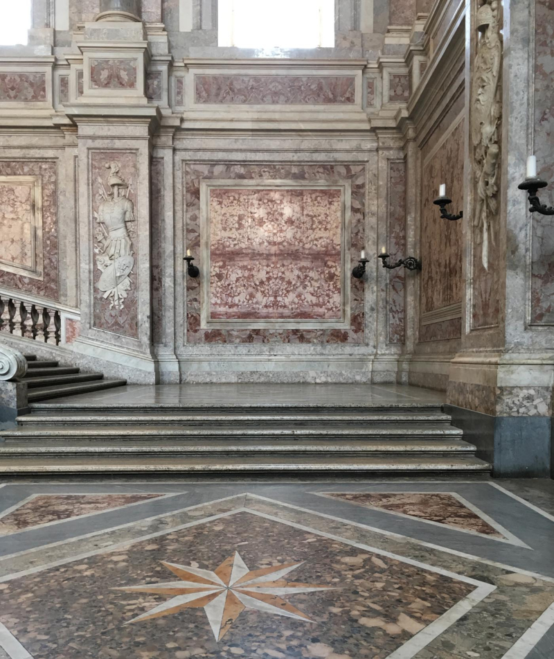 Marbelled at caserta palace51
