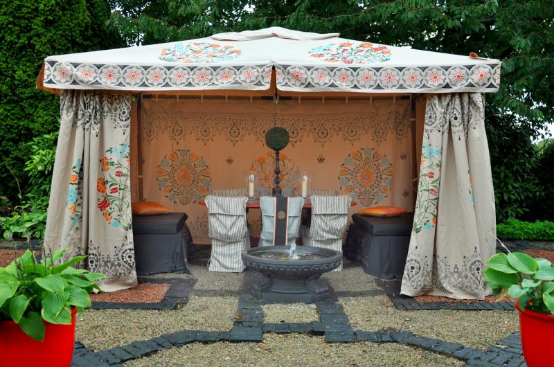 Stencill-library tent46