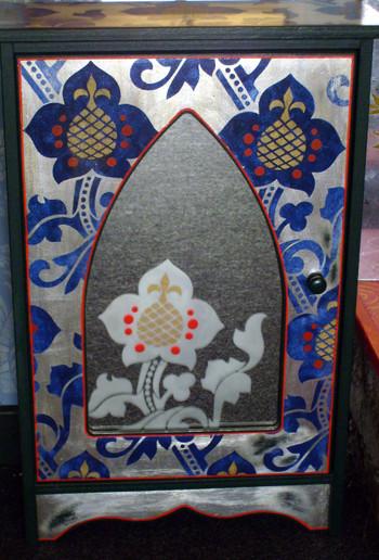 Gmt_stencilled_mirror_cabinet