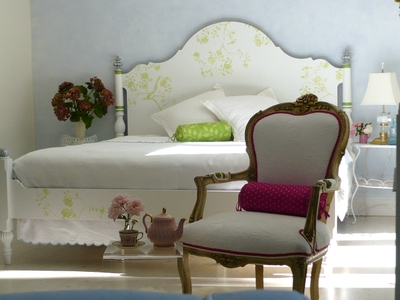 Long_shot_bed_5