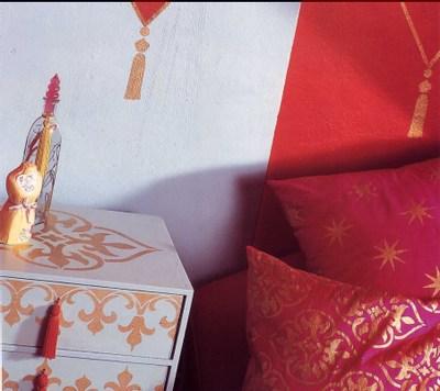 Stencilled_cushion_cabinet_2