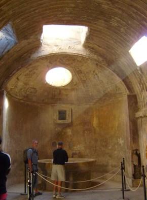 11_pompeii_bath_house237