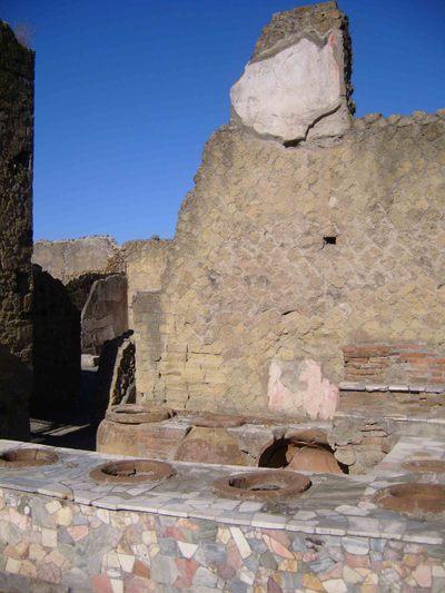 15_pompeii_fast_food140