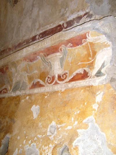 9_pompeii_border_winged_creature32