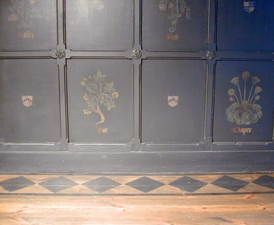 3_stencilled_floor_panel_em