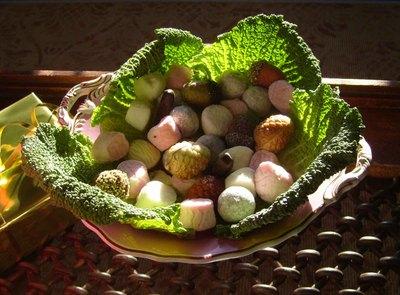 Cabbage_leaf_bowl_em