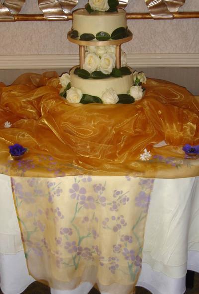 Stencilled_wedding_cake