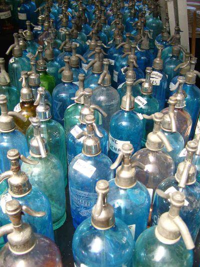 Paris_market_soda_bottlesem35